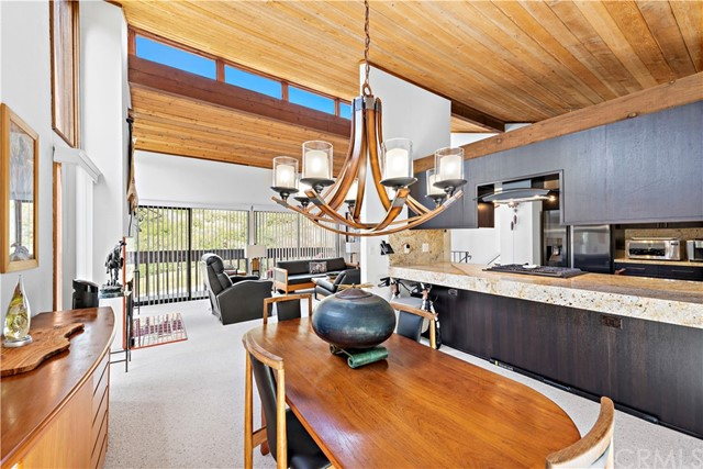 Detail Gallery Image 1 of 24 For 1025 Park Ave, Laguna Beach,  CA 92651 - 3 Beds | 1 Baths