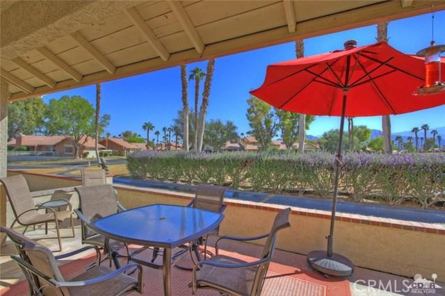 42170 Sand Dune Drive, Palm Desert CA: http://media.crmls.org/medias/34746333-be7e-4dfe-891c-d1ab6ed87e94.jpg