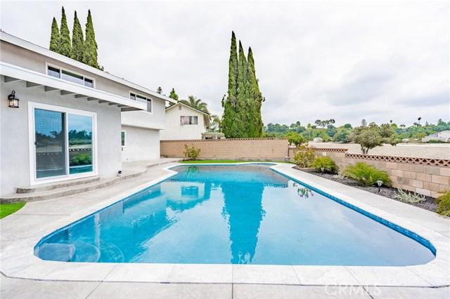 1730 La Mesa Oaks Drive, San Dimas CA: http://media.crmls.org/medias/34869ae7-af72-45a0-8b81-27050efe6811.jpg