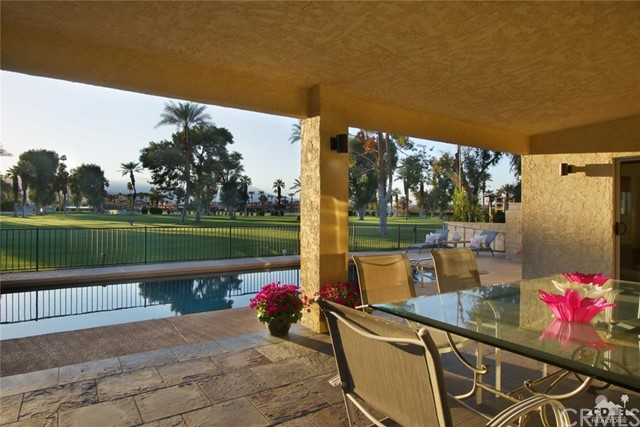 45337 Club Drive, Indian Wells CA: http://media.crmls.org/medias/34880dbc-8961-4629-9c61-c8a6b4f7b35d.jpg