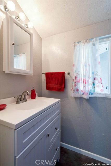 9548 Gunn Avenue, Whittier CA: http://media.crmls.org/medias/348b01db-7813-4cf8-8d66-34213e74c663.jpg