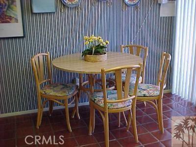 304 Castellana, Palm Desert CA: http://media.crmls.org/medias/3495ec2f-48d7-4f06-9854-9be15d84be59.jpg