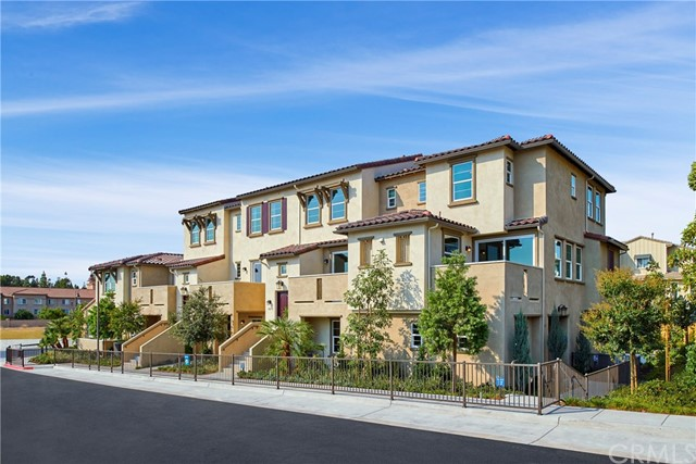 4321 5 Star Path Way, Oceanside CA: http://media.crmls.org/medias/34a6d924-260f-4de6-826c-733890d5b46f.jpg