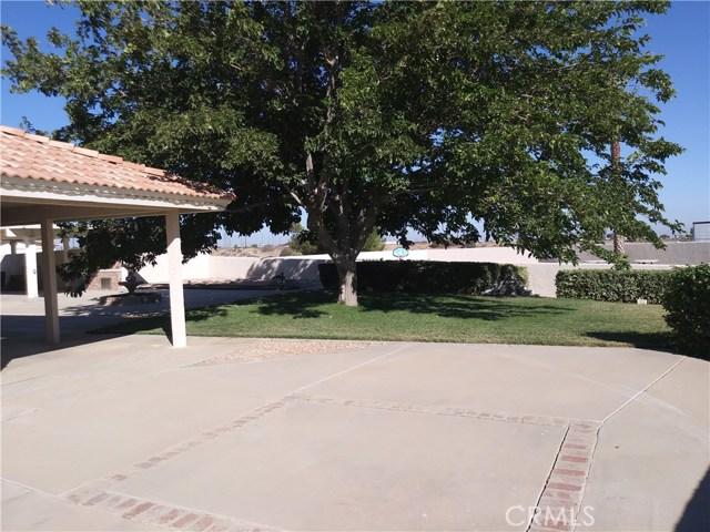 8462 Mesa Linda Street, Oak Hills CA: http://media.crmls.org/medias/34a7d6b1-798a-4344-bc8a-45af442163b1.jpg