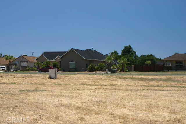 1200 Oak Park Way, Lakeport CA: http://media.crmls.org/medias/34aca9ba-41e6-47f7-bad0-09f527912302.jpg