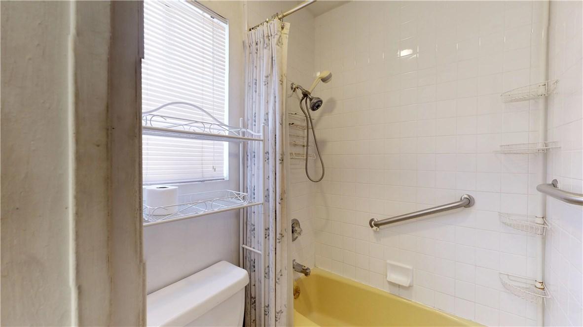 3943 Knoxville Avenue, Long Beach CA: http://media.crmls.org/medias/34ade549-59db-4f62-b64c-2ea14422ecfe.jpg