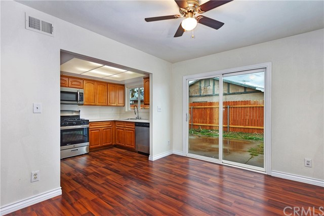 16060 Malaga Avenue Fontana, CA 92336 - MLS #: OC18049750