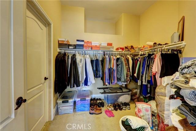 11544 Horton Avenue, Downey CA: http://media.crmls.org/medias/34bb3d21-3499-468e-bf62-e0c2acfe91d1.jpg