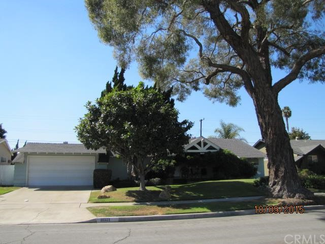 Single Family Home for Sale at 11571 Garden St Garden Grove, California 92840 United States