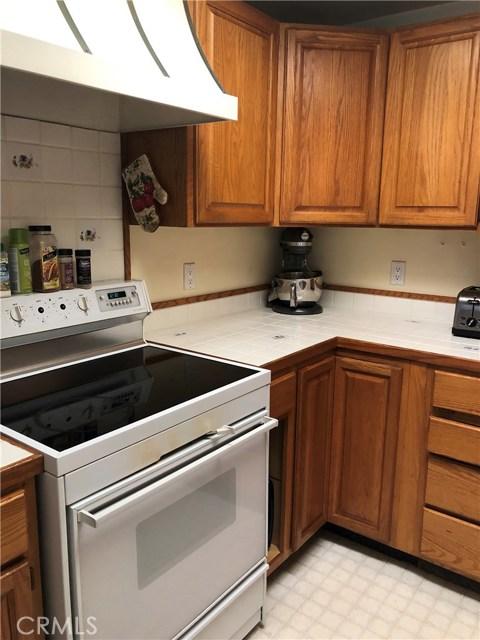 9651 Marmot Way, Kelseyville CA: http://media.crmls.org/medias/34ccda63-b62c-4b7e-9bc9-cfeb46349cf1.jpg