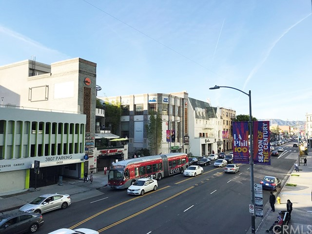 Wilshire Bl, Los Angeles, CA 90010 Photo 17