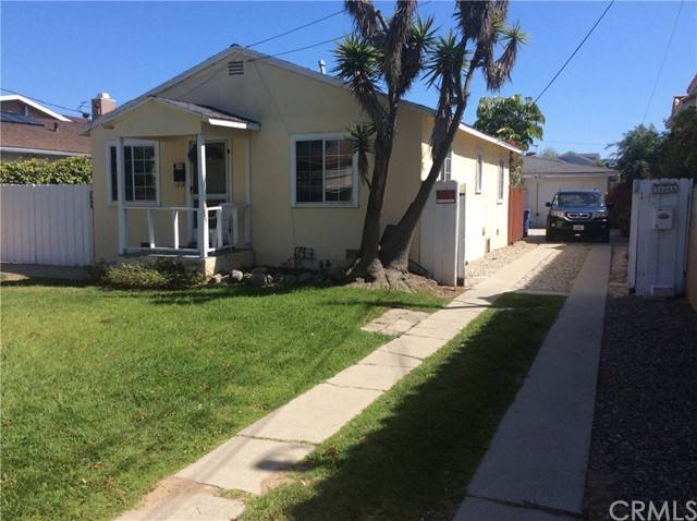 2604 Grant Avenue, Redondo Beach CA: http://media.crmls.org/medias/34dd5550-25c1-4d32-a1d2-cf2fa31b226f.jpg