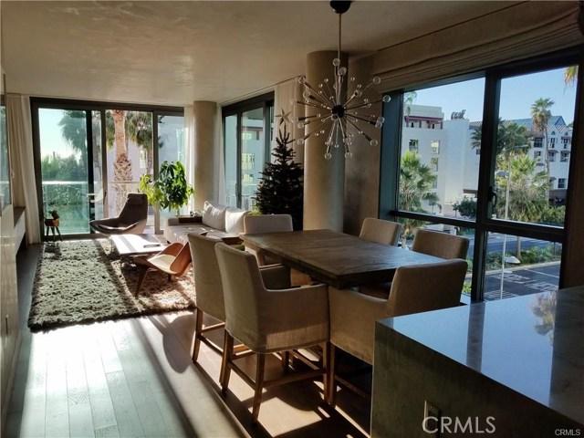 1755 Ocean Avenue, Santa Monica CA: http://media.crmls.org/medias/34dfaddd-4384-4c6a-a5af-b51b2c458e40.jpg