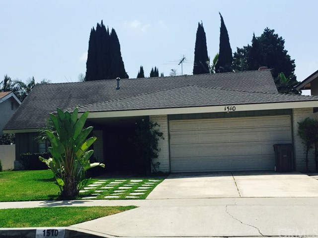 Single Family Home for Rent at 1510 West Carriage St 1510 Carriage Santa Ana, California 92704 United States
