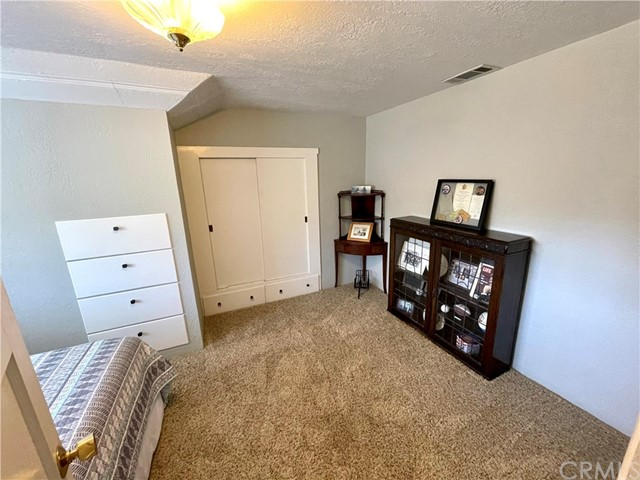 1208 Pismo Street, San Luis Obispo CA: http://media.crmls.org/medias/34e364ef-e5ce-4407-9185-a00ee61bd5d9.jpg