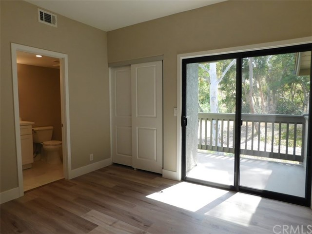 2066 Meadow View Lane, Costa Mesa CA: http://media.crmls.org/medias/34e57b11-4662-42d4-9872-fe62d2e7e0ab.jpg