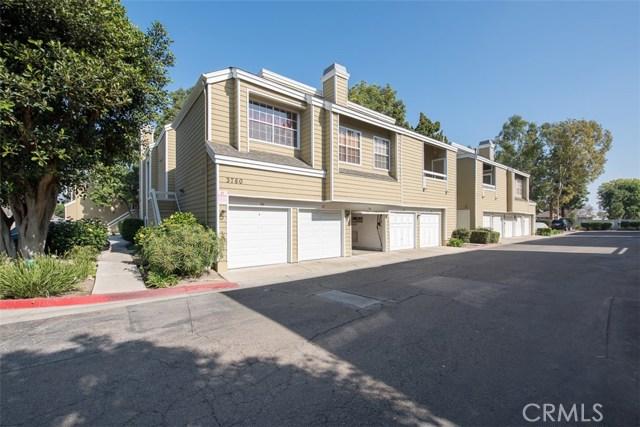 3750 128 S Bear Street, Santa Ana CA: http://media.crmls.org/medias/35018327-8f39-452f-8471-88b153b626c4.jpg