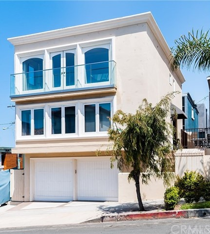 225 1st Manhattan Beach CA 90266