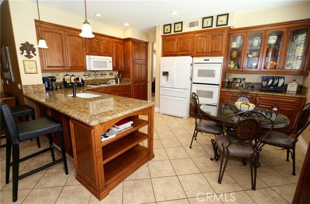 7175 Taggart Place, Rancho Cucamonga CA: http://media.crmls.org/medias/350421dd-7fa5-4fd3-84d0-2f5e05317b51.jpg