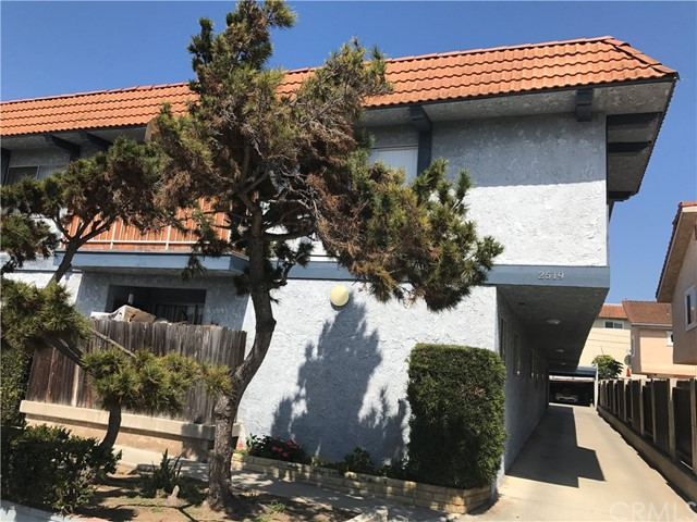 2519 Voorhees Avenue Redondo Beach, CA 90278 is listed for sale as MLS Listing SB17052772