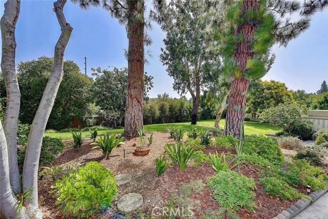 158 Avenida Majorca, Laguna Woods CA: http://media.crmls.org/medias/350b0d00-d2a6-4d26-b014-ba7a63e90f11.jpg