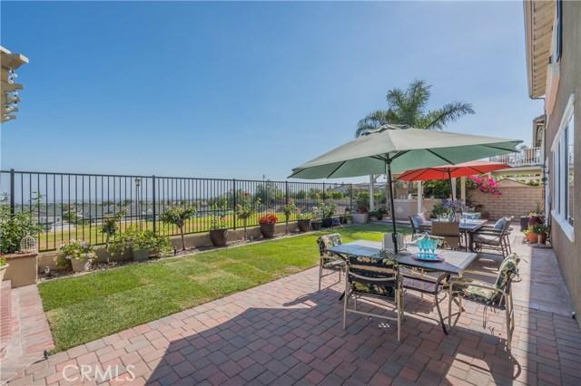 12437 Dapple Drive, Rancho Cucamonga CA: http://media.crmls.org/medias/35160ad8-9b56-4dc9-9086-e18bbfa598f9.jpg
