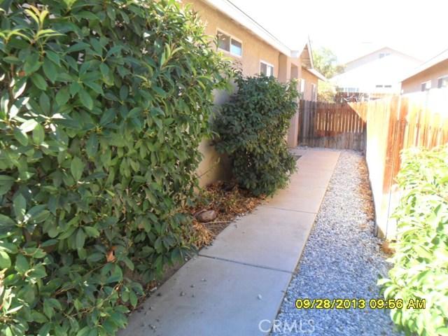 13652 Sylvan Oaks Road, Victorville CA: http://media.crmls.org/medias/351d16f7-69fb-4366-ba4f-f54705a667d8.jpg