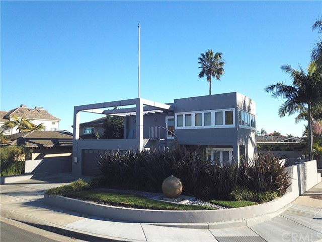 3242  Falkland Circle, Huntington Harbor, California