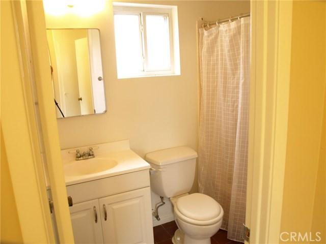 23457 Styles Street, Woodland Hills CA: http://media.crmls.org/medias/3532d120-3c3a-4cc4-8f15-eed1dfc99693.jpg