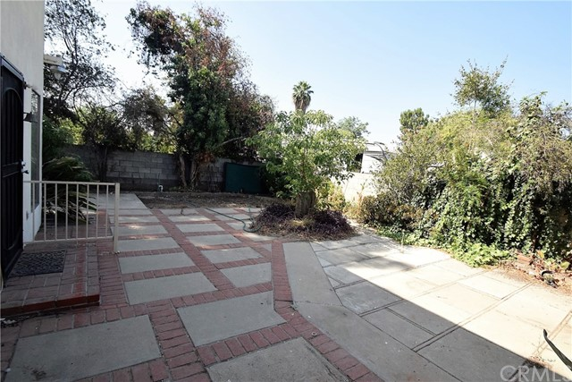 7354 Garden Street, Riverside CA: http://media.crmls.org/medias/35353c3d-efae-4be6-924e-e4c31fc65657.jpg