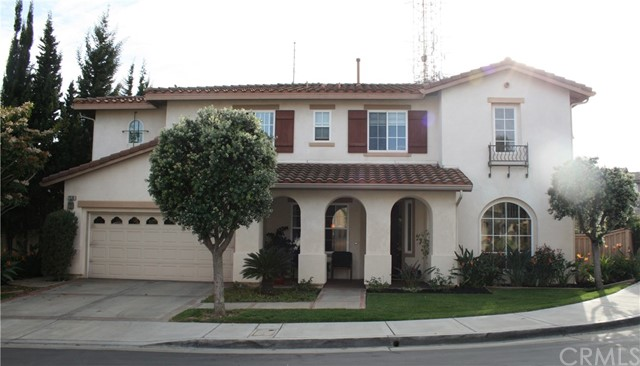 Single Family Home for Sale at 2530 Hillcrest Street Signal Hill, California 90755 United States