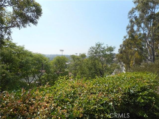 16 Sentinel Place, Aliso Viejo CA: http://media.crmls.org/medias/35398a57-eea6-46fd-8ff5-ce9782169971.jpg