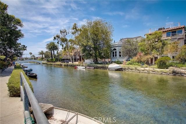 422 Sherman Canal, Venice, CA 90291 photo 4