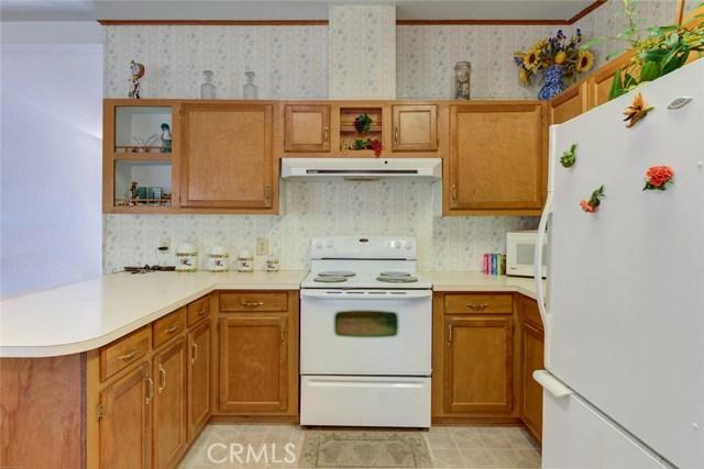 6171 Kanaka Avenue, Oroville CA: http://media.crmls.org/medias/354c872b-76db-415a-ad62-4b6fc14d83c3.jpg