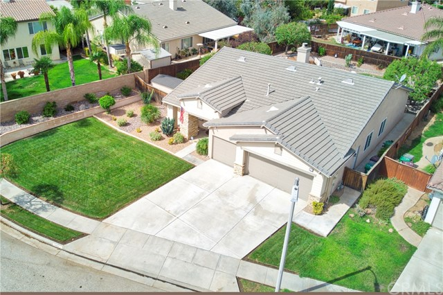 33571 Honeysuckle Lane, Murrieta CA: http://media.crmls.org/medias/354ddf30-0070-42ce-997b-1f6f44087c3b.jpg
