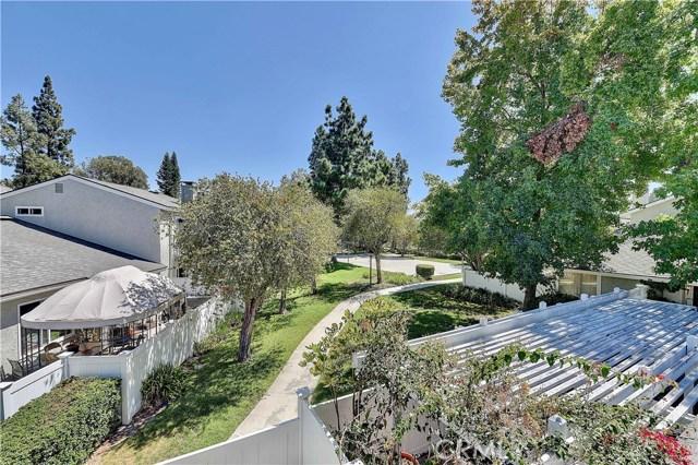 24986 Acacia Lane, Laguna Hills CA: http://media.crmls.org/medias/35535d97-5ddc-4511-a3f7-5ba7da659c83.jpg