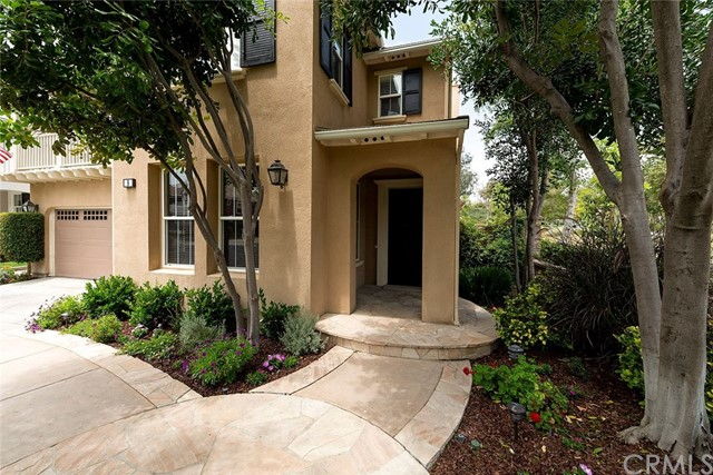 9 Franklin Way, Ladera Ranch CA: http://media.crmls.org/medias/35536001-15d0-4ecc-a9bc-390d1532a170.jpg