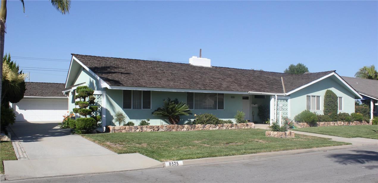 8525 Quinn Street #  Downey CA 90241-  Michael Berdelis