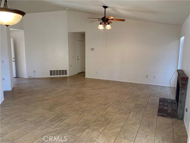 10976 Willow Lane,Adelanto,CA 92301, USA