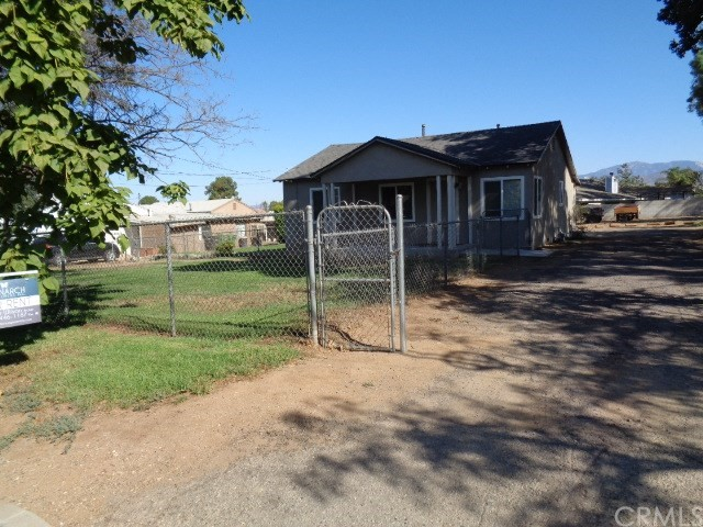 Single Family Home for Rent at 150 Avenue L W Calimesa, California 92320 United States