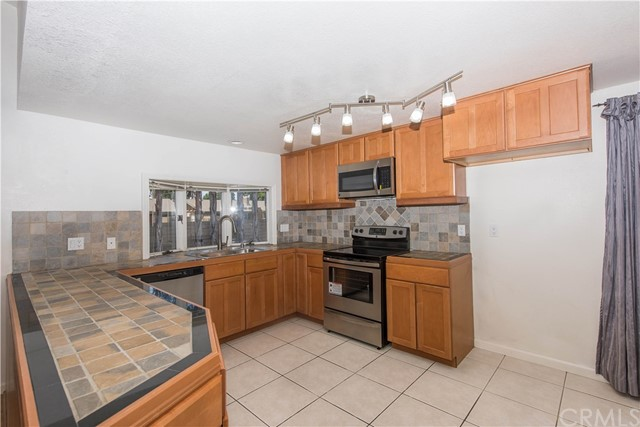 1272 Langdale Lane Tustin, CA 92780 - MLS #: LG17125397
