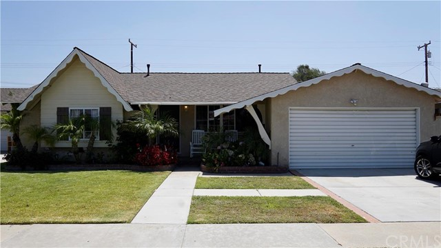 Single Family Home for Sale at 10262 Yana Stanton, California 90680 United States