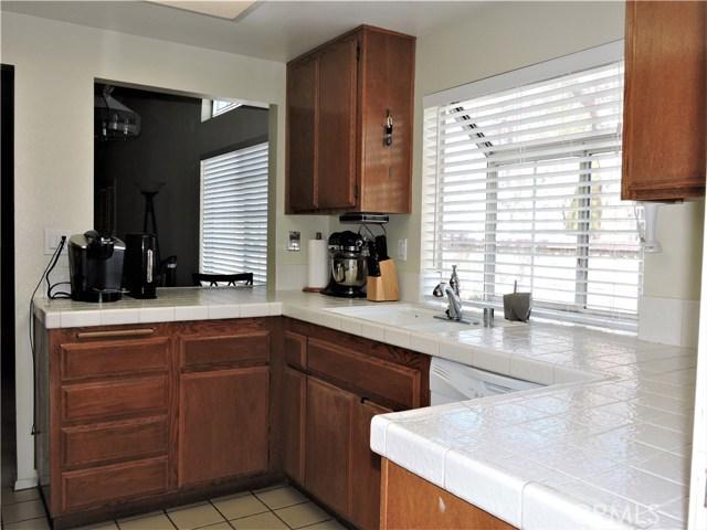 2051 W Lafayette Dr, Anaheim, CA 92801 Photo 4