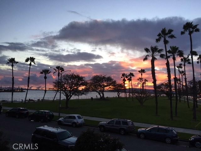 2 36th Pl, Long Beach, CA 90803 Photo 0