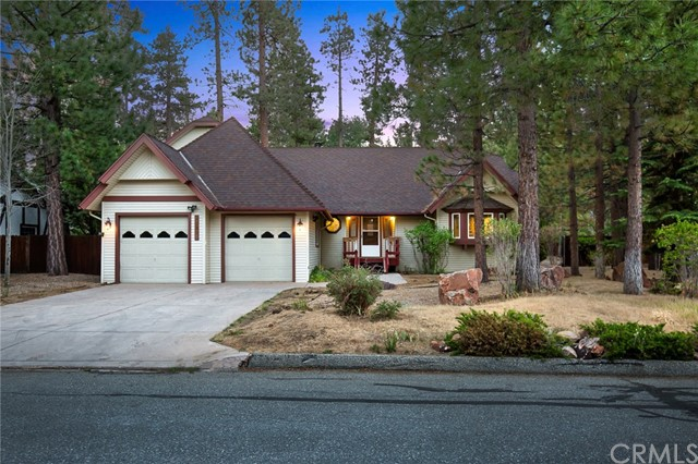 42355 Heavenly Valley Road, Big Bear CA: http://media.crmls.org/medias/35c23ea7-906c-40cf-bd92-84940bd04352.jpg