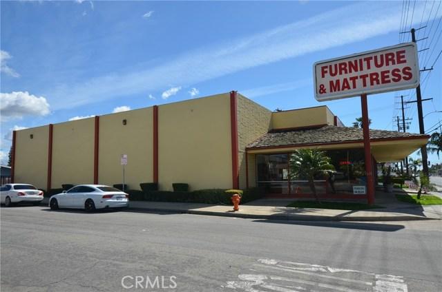 565 N Tustin Street, Orange CA: http://media.crmls.org/medias/35d44407-05ea-4bd3-a39a-80fdb69fe1c6.jpg