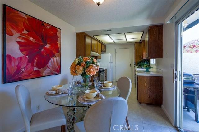 1034 Royal Oaks Drive, Monrovia CA: http://media.crmls.org/medias/35f360c1-532f-42cf-8ae3-e774ad18beae.jpg