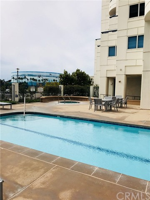 525 E Seaside Wy, Long Beach, CA 90802 Photo 23