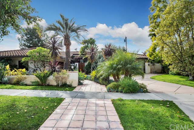 Single Family Home for Sale at 1212 Cambera St North Tustin, California 92705 United States