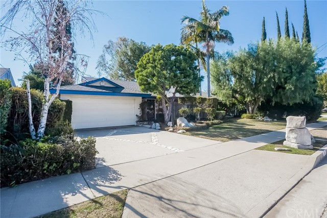 Single Family Home for Sale at 810 East Hermosa St 810 Hermosa Fullerton, California 92835 United States